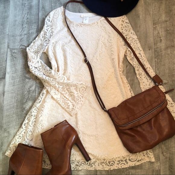 Dresses & Skirts - NWOT LACE long sleeve mini dress!